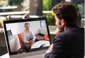 Videokonferenz-Knigge: Wie Sie sich am besten ins Bild setzen