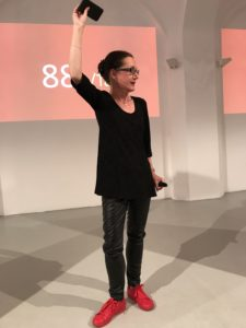 Elisabeth Heinemann hält eine erfolgreiche Customer Journey ohne mobile Strategie für unmöglich.