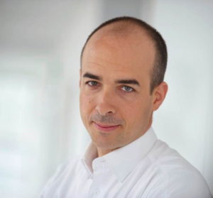 """""""Unternehmen müssen zudem die Expertise der Mitarbeiter zum Umgang mit Daten schaffen und erweitern"""", sagt Robert Gögele, Geschäftsführer von Avanade."""