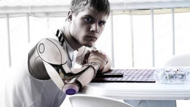 Fünf Technologie-Trends, die die Grenze zwischen Mensch und Maschine verwischen