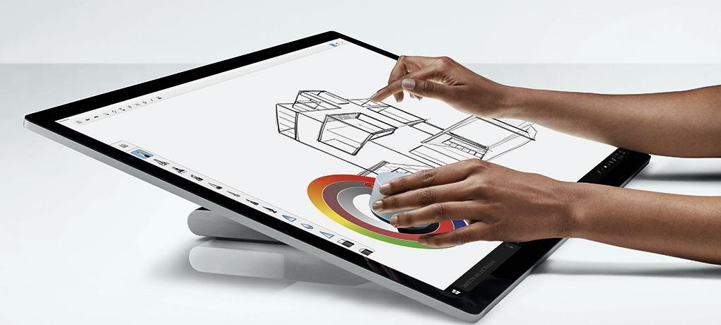 Surface Studio lässt sich mit Stift und dem Surface Dial bedienen, das die Rolle Maus übernimmt. (Foto: Microsoft)