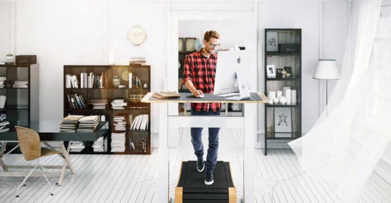 Laufend arbeiten: Macht der Geh-Arbeitsplatz dem Job wirklich Beine?