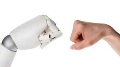 """Den """"Kollegen Roboter"""" sozialverträglich integrieren – nur wie?"""